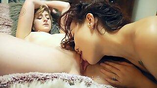 REAL lesbos CLOSE UP cunny slurping