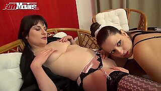 FUN MOVIES Amateur German Lesbians and a strap-on