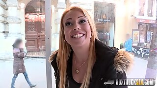 Hot Elektra Wilde Makes her First Public Sex Adult Video