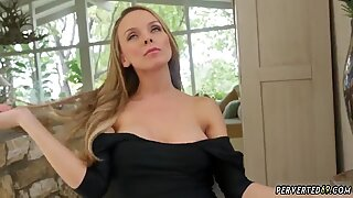 Teen bath Jane Doux in When Father Is Away Stepmom Will Play